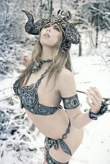 elder-scrolls-sexy-cosplay8